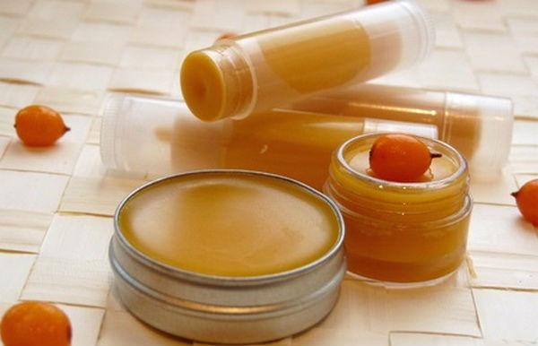 Использование пчелиного воска в косметологии