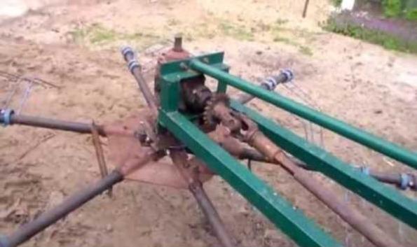 Роторне грабли на трактор в работе