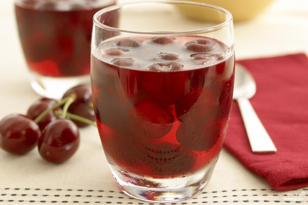 Сок из плодов черешни