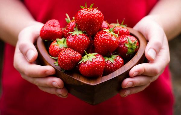 Клубника - одна из самых вкусных ягод